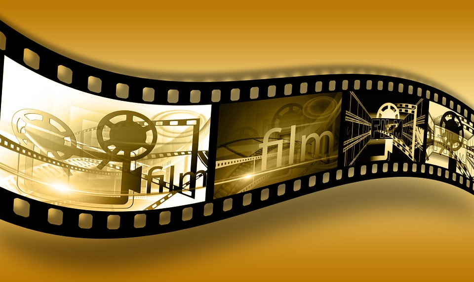 movie film projector - What Movies to Watch After Wisdom Teeth Removal?