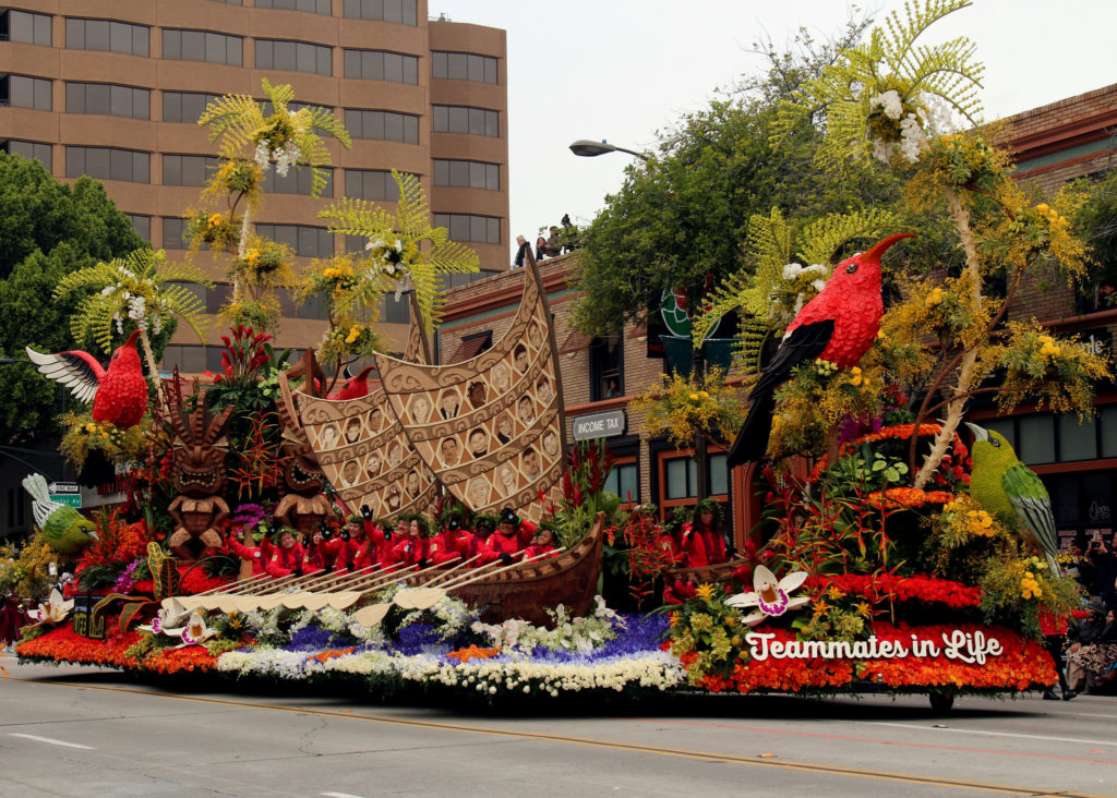 donate life rose parade 1024x732 - Wisdom Teeth Surgery Injury Leads to Ride on Rose Parade Float