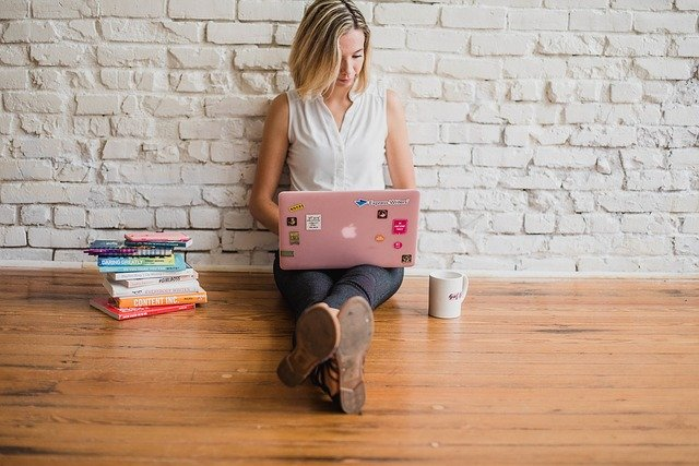 woman influencer - Clever Ways to Pay for College including a Scholarship from Melvin Brewing